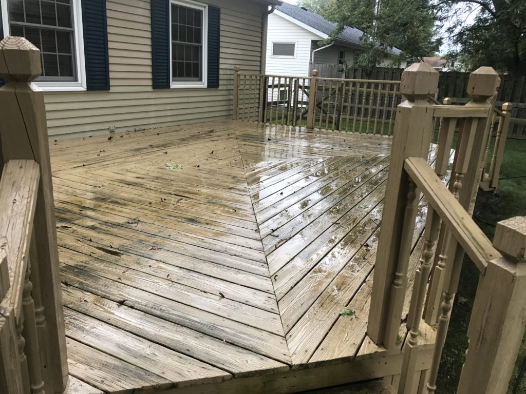 Anderson Pressure washing cleaning a deck in Bowling Green Ohio