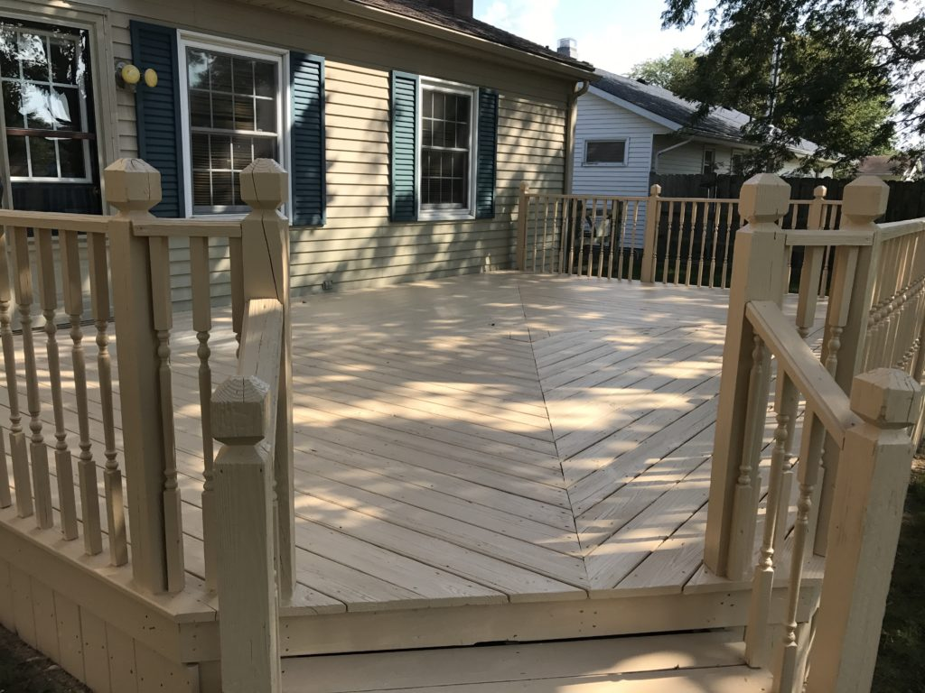 Anderson pressure washing sealing a deck in Bowling Green Ohio